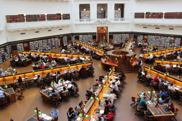 アメリカ株library-la-trobe-study-students-159740